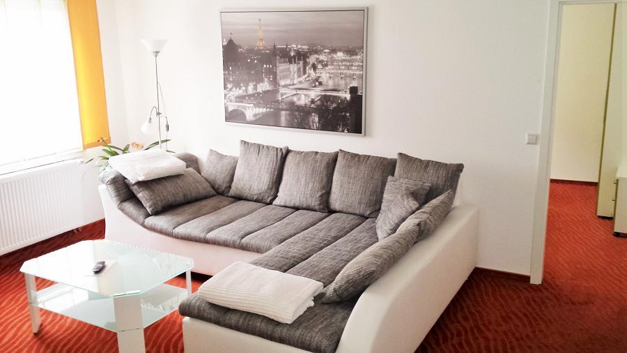 Staufenberg Suite Kleine Kommode